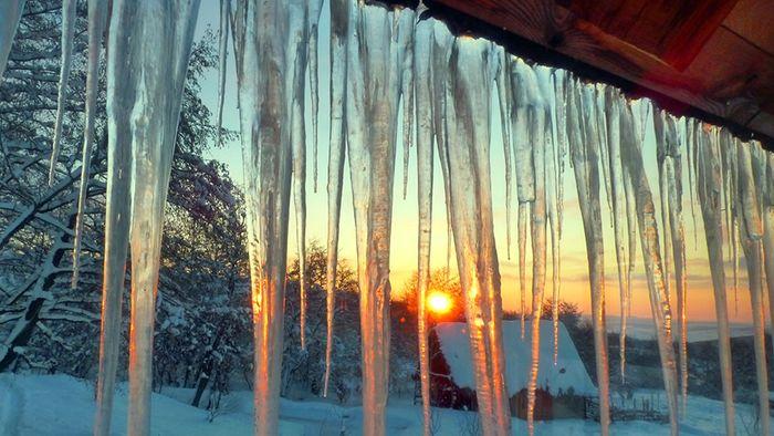 Polarwirbelsplit! Chancen für Arctic Outbreaks steigen