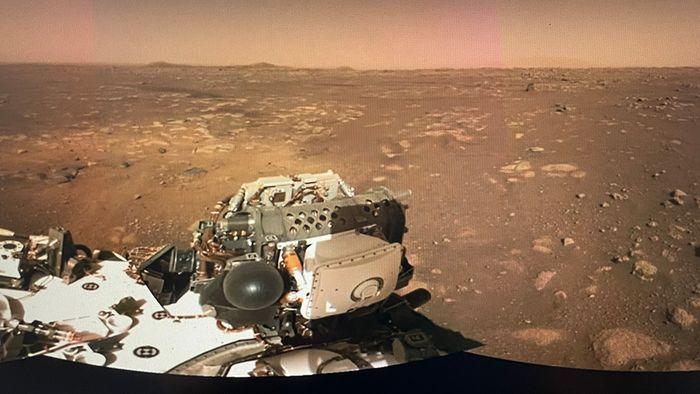 NASA begeistert: Neue Bilder und Geräusche vom Mars