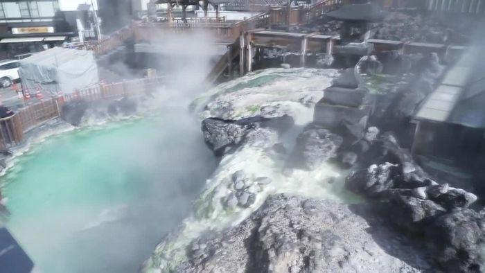 Natürlicher Schutz: Quellwasser aus Japan tötet Coronaviren ab