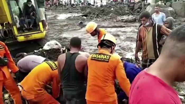 Großes Elend: Über 100 Tote nach Zyklon in Indonesien