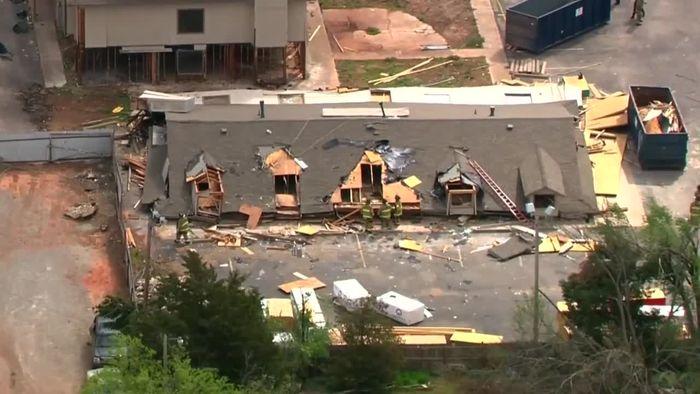 Sturm bringt Haus zum Einstürzen - Weitere Katastrophe befürchtet
