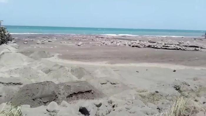 Karibik-Vulkan spuckt weiter große Aschewolken
