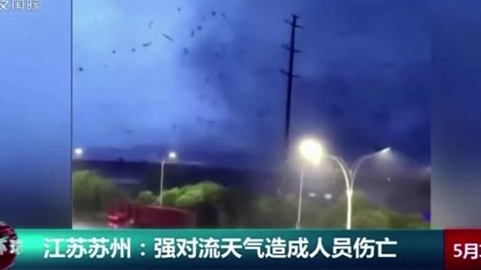 In Wuhan hat ein Tornado schwere Verwüstungen und Tote verursacht.
