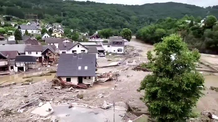 Bilder der Verwüstung: Luftaufnahmen aus dem Katastrophengebiet