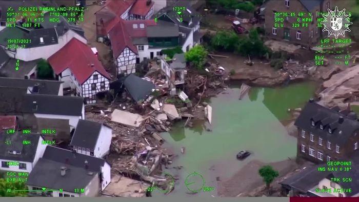 Powerbanks, Handys, Impfen: So geht das Leben in den Hochwassergebieten jetzt weiter