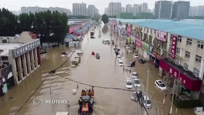 Die Hochwasserlage in der zentralchinesischen Provinz Henan bleibt angespannt.