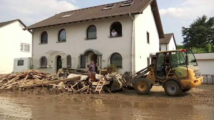 Die Hilfsbereitschaft und die Solidarität in den Katastrophengebieten sind nach wie vor groß.