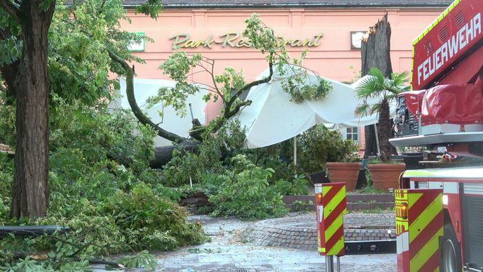 Am Montagabend und in der Nacht auf Dienstag gab es viele Unwetter in mehreren Regionen Deutschlands.