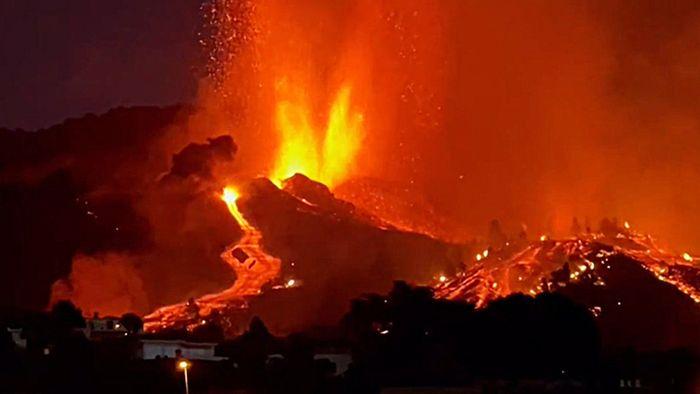 Vulkan auf La Palma ausgebrochen - Tausende müssen fliehen