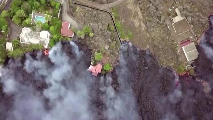 La Palma: Lava zerstört Existenzen - Touristen evakuiert