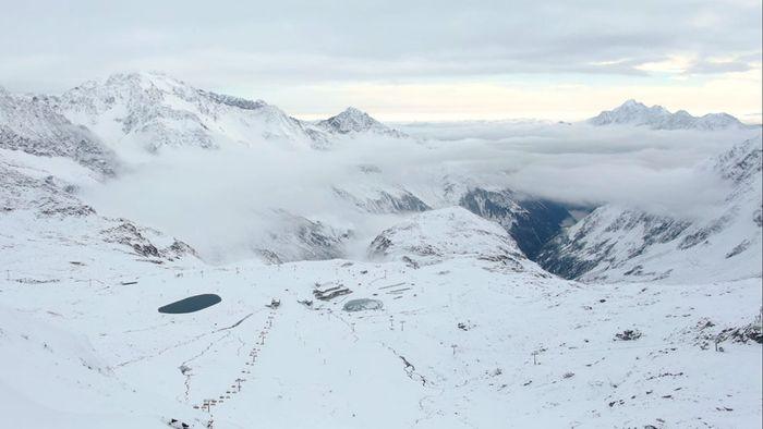 Ski Opening in Tirol: Saison beginnt am Stubaier Gletscher