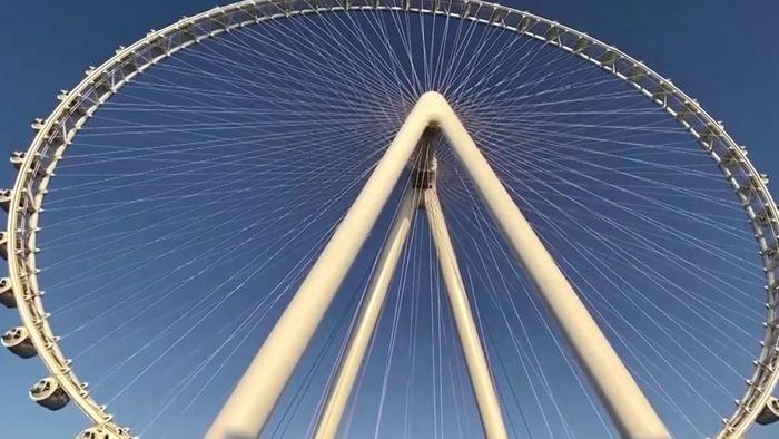 Größtes Riesenrad der Welt in Dubai eröffnet