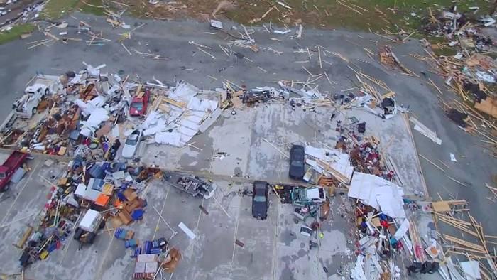 Tornado: Drohnenbilder zeigen verwüstete US-Kleinstadt